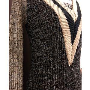 Venus old school knitted top